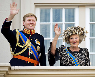 Prins Willem-Alexander and Queen Beatrix