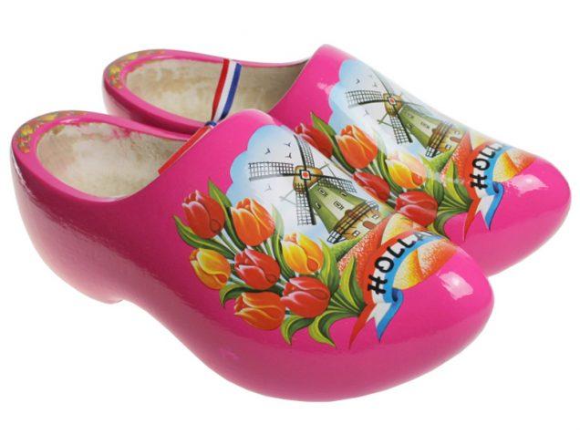 粉红色 木鞋博